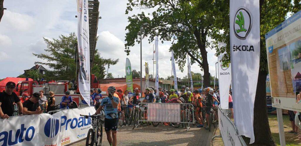 20190727 094034 1024x498 - XIV Maraton MTB dookoła Jeziora Miedwie
